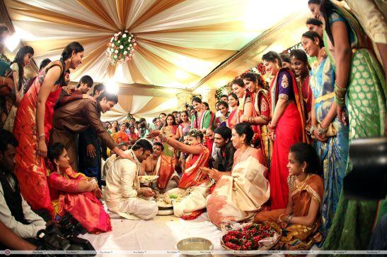 Brahmanandam_Son_Gautham_Wedding_Stillsf2091913e0339ae402d523bb0cb0251c 2